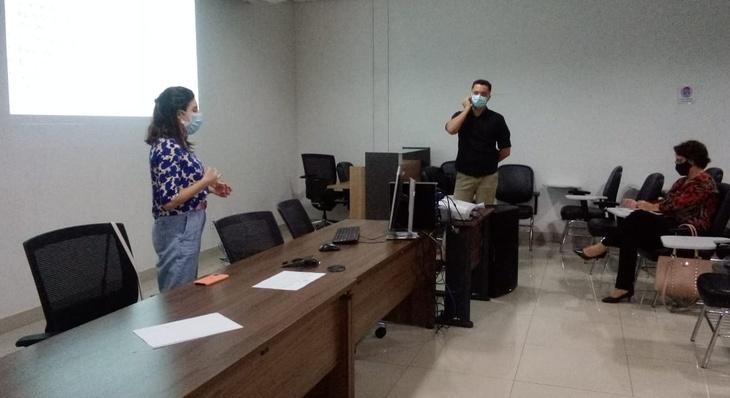Saúde promove atualização de coordenadores e enfermeiros sobre exame papanicolau
